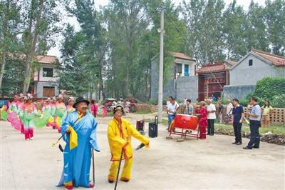 丰富文化生活 增进邻里和睦